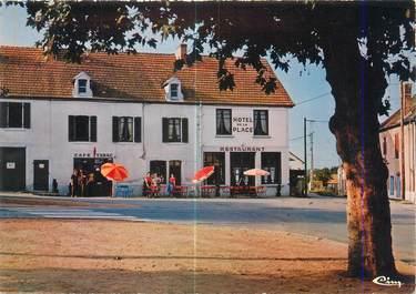 """CPSM FRANCE 03 """"Hennebique, hôtel de la place"""""""