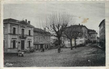 """CPSM FRANCE 69 """"Vaugneray, la mairie et l'entrée du village"""""""