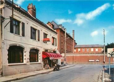 "CPSM FRANCE 80 ""Harbonnières, hôtel restaurant tabac """
