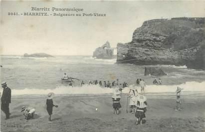 """CPA FRANCE 64 """"Biarritz, baigneurs au port vieux"""""""