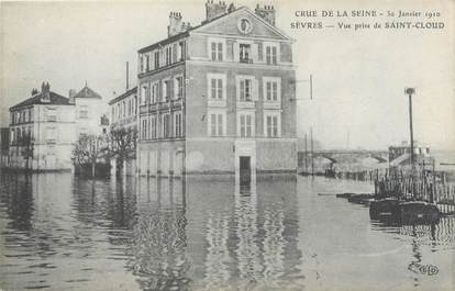 """CPA FRANCE 92 """"Sèvres, vue prise de Saint Cloud"""" / INONDATION 1910"""