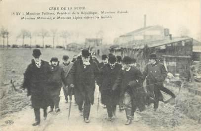 """CPA FRANCE 94 """"Ivry, visite des inondés"""" / INONDATION 1910"""