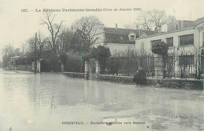 """CPA FRANCE 95 """"Argenteuil, boulevard Héloïse vers Bezons"""" / INONDATION 1910"""