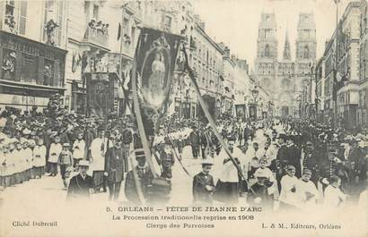 "CPA FRANCE 45 ""Orléans, fêtes de Jeanne d'Arc, la procession traditionnelle"""