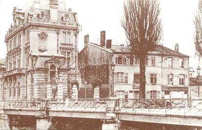 "CPA FRANCE 55 ""Bar Le Duc, Arc constructions"""