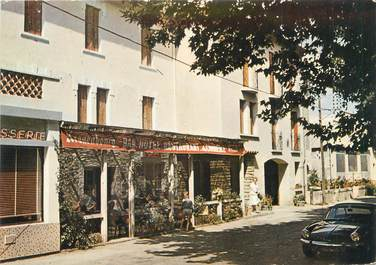 "CPSM FRANCE 30 ""Goudargues, hôtel restaurant du Commerce """