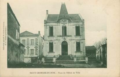 """/ CPA FRANCE 17 """"Saint Georges du Bois, place de l'hôtel de ville"""""""