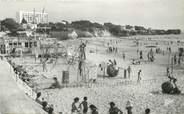 """17 Charente Maritime / CPSM FRANCE 17 """"Saint Georges de Didonne, la plage de Vallières et le club James Mathe"""""""