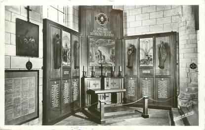 """/ CPSM FRANCE 17 """"Saint Martin de Ré, Autel des prêtres déportés"""""""