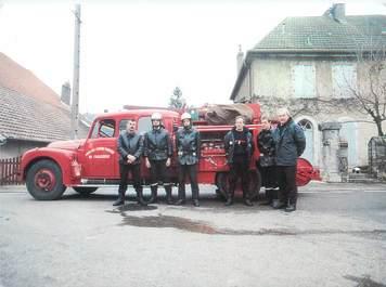 """CPSM FRANCE 28 """"Challezeule, les pompiers volontaires"""""""
