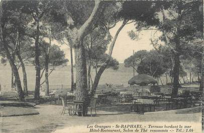 """CPA FRANCE 83 """"Saint Raphaël, hôtel restaurant les Orangers"""""""