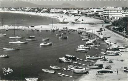 """CPSM FRANCE 83 """"Fréjus plage vu de Saint Raphaël"""""""