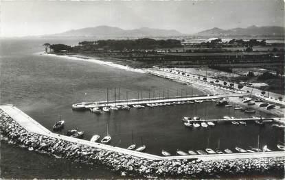 """CPSM FRANCE 83 """"La Londe Les Maures, la plage et le port"""""""