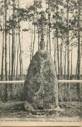 """CPA FRANCE 79 """"Env. de Parthenay, le Menhir Chrétien du Logis du Theil"""""""