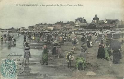 """CPA FRANCE 85 """"Sables d'Olonne, l'heure du bain"""""""
