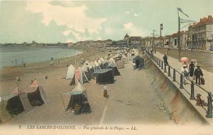 """CPA FRANCE 85 """"Sables d'Olonne, la vue générale de la plage"""""""