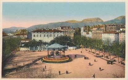"""CPA FRANCE 83 """"Toulon, Place d'Armes"""""""