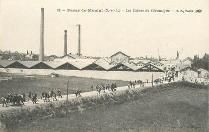 """CPA FRANCE 71 """"Paray le Monial, les Usines de Céramique"""""""