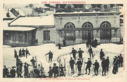 """CPA FRANCE 88 """"Gérardmer, départ de skieurs"""""""
