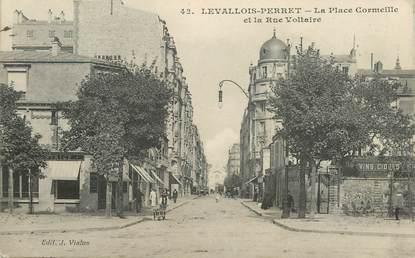 """CPA FRANCE 92 """"Levallois Perret, Place Cormeille et rue Voltaire"""""""