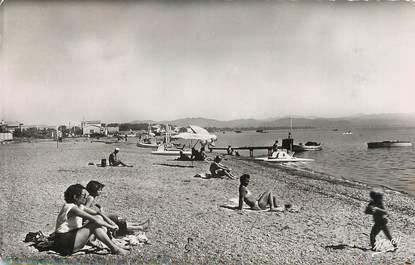 """/ CPSM FRANCE 83 """"Environs d'Hyères, la plage"""""""