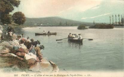 """CPA FRANCE 03 """"Vichy, L'Allier et vue vers la Montagne"""""""