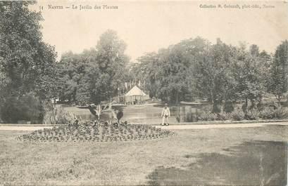 """CPA FRANCE 44 """"Nantes, Le Jardin des Plantes"""" / COLLECTION R. GUENAULT"""