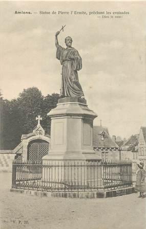 """CPA FRANCE 80 """"Amiens, Statue de Pierre l'Ermite"""" / EDITEUR V.P. PARIS"""