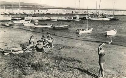 """/ CPSM FRANCE 83 """"La Londe les Maures, la plage et le port"""""""
