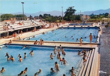 """/ CPSM FRANCE 83 """"Le Luc la piscine olympique"""""""