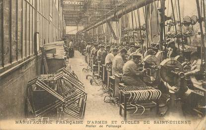 """CPA FRANCE 42 """"Saint Etienne, Manufacture d'armes et de cycles"""""""
