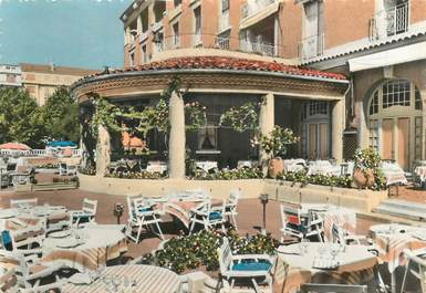 """CPSM FRANCE 13 """"Aix en Provence, Hotel du Roy René"""""""