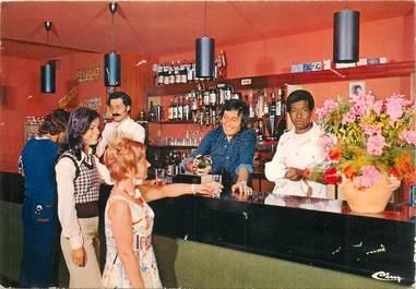 """CPSM FRANCE 06 """"Menton, Le bar du village de vacances R. Latournerie"""""""