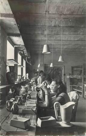 """CPSM FRANCE 06 """"Vallauris, atelier de décoration poterie"""""""