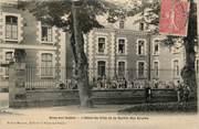 """70 Haute SaÔne / CPA FRANCE 70 """"Scey sur Saöne, l'hôtel de ville et la sortie des écoles"""""""
