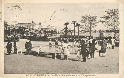 "CPA FRANCE 06 ""Cannes, Jardins des enfants sur l'Esplanade"""