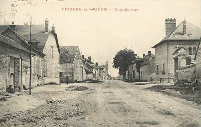 """/ CPA FRANCE 08 """"Brienne sur Aisne, grande rue"""""""