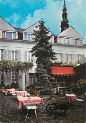"""CPSM FRANCE 89 """"Sens, Hotel de Paris et de la Poste"""""""