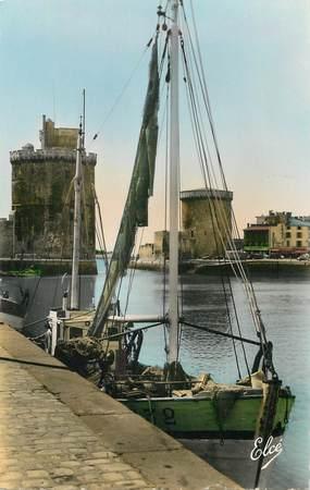 """CPSM FRANCE 17 """"La Rochelle, les deux tours"""""""