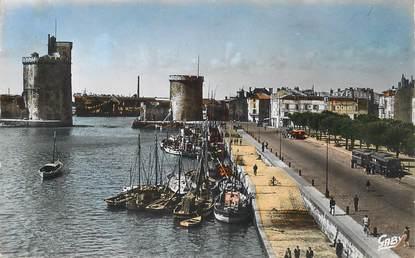 """CPSM FRANCE 17 """"La Rochelle, le port et les Tours"""""""