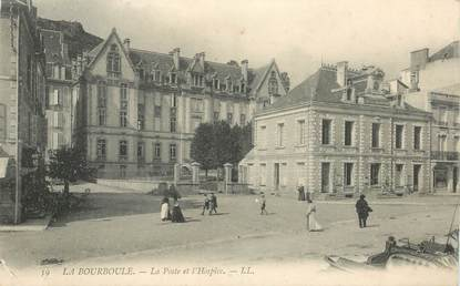 """- CPA FRANCE 63 """"La Bourboule, la Poste et l'Hospice"""""""