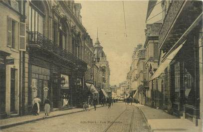 """CPA FRANCE 18 """"Bourges, rue Moyenne"""" / Carte toilée"""