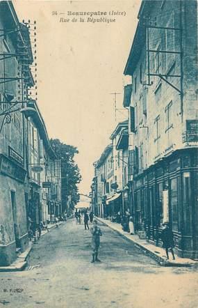 """/ CPA FRANCE 38 """"Beaurepaire, rue de la république"""""""