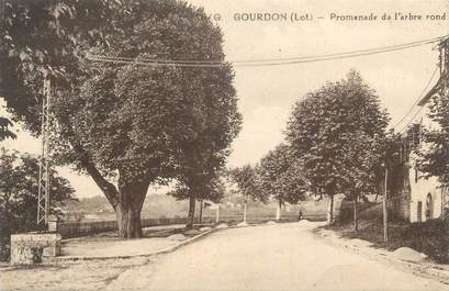 "CPA FRANCE 46 ""Goudron, Promenade de l'arbre rond"""