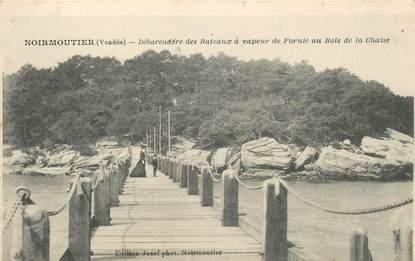 """CPA FRANCE 85 'Ile de Noirmoutier, débarcadère des bateaux à vapeur de Pornic"""""""