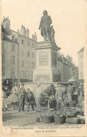 """CPA FRANCE 39 """"Lons le Saunier, statue du Gal Lecourbe, place de la Liberté"""""""
