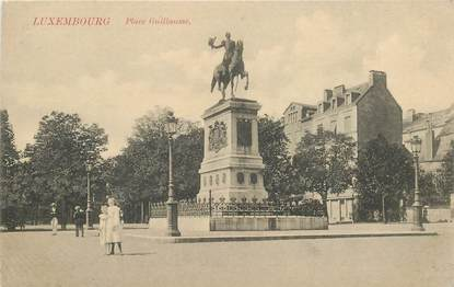 """CPA LUXEMBOURG """"Luxembourg, Place Guillaume"""""""