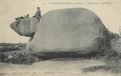 "CPA FRANCE 29 ""Ploumanach, la tortue"" / FOLKLORE / MENHIR"