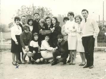 """PHOTO FRANCE 38 """"Saint André le Gaz, 1964, groupe théâtral"""""""