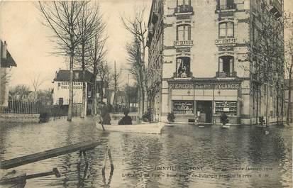 """CPA FRANCE 94 """"Joinville le Pont, inondations 1910, rond point de Potangis, avenue de l'Ile"""" / ÉPICERIE / DENTISTE"""